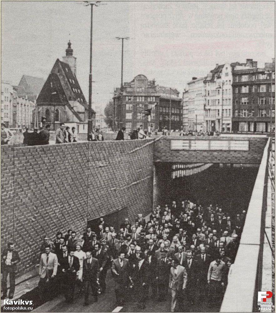 Oficjalne otwarcie tuneli w maju 1978 roku.