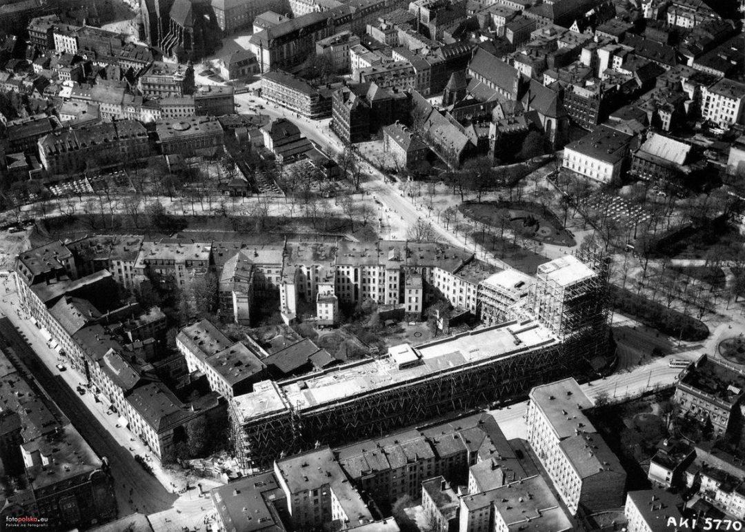 Rok 1927-1929.