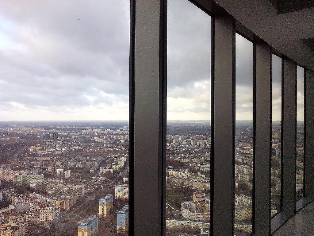 W Walentynki za darmo odwiedzimy punkt widokowy w Sky Tower. – Miejsca we Wrocławiu.
