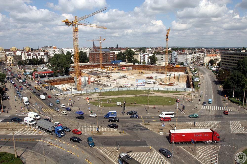 Plac Grunwaldzki w 2005 roku. – Miejsca we Wrocławiu.