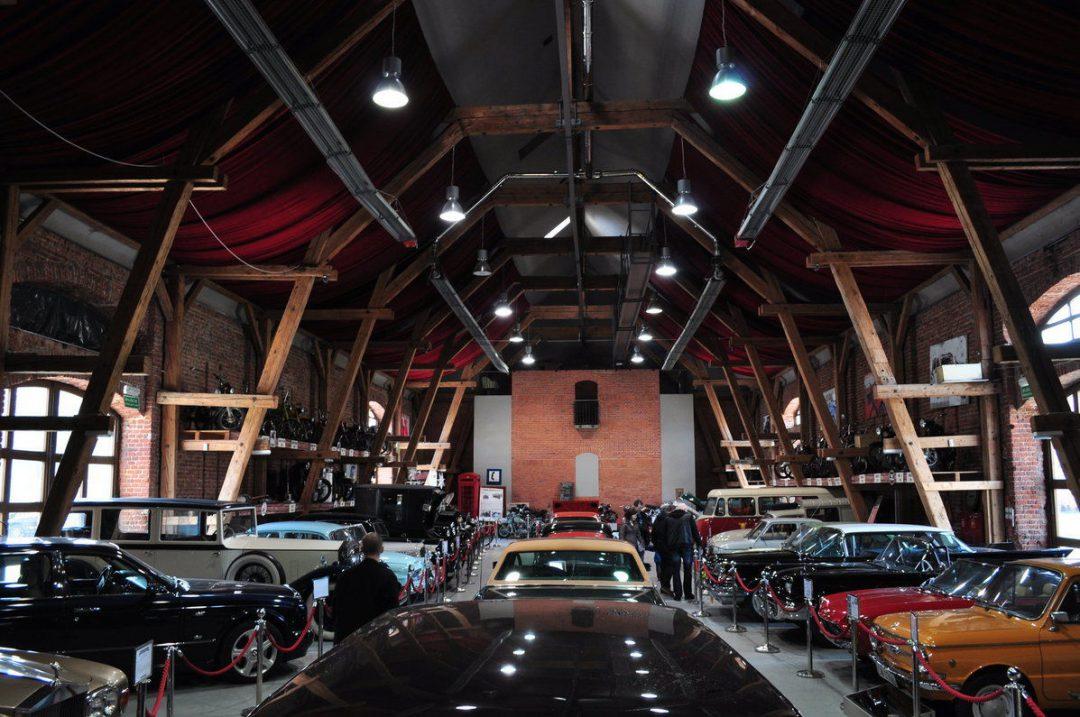 Muzeum motoryzacji, w bardzo klimatycznym miejscu :]