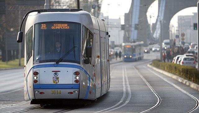 """W czwartek """"Dzień bez samochodu"""", komunikacja miejska będzie za darmo. – Miejsca we Wrocławiu."""