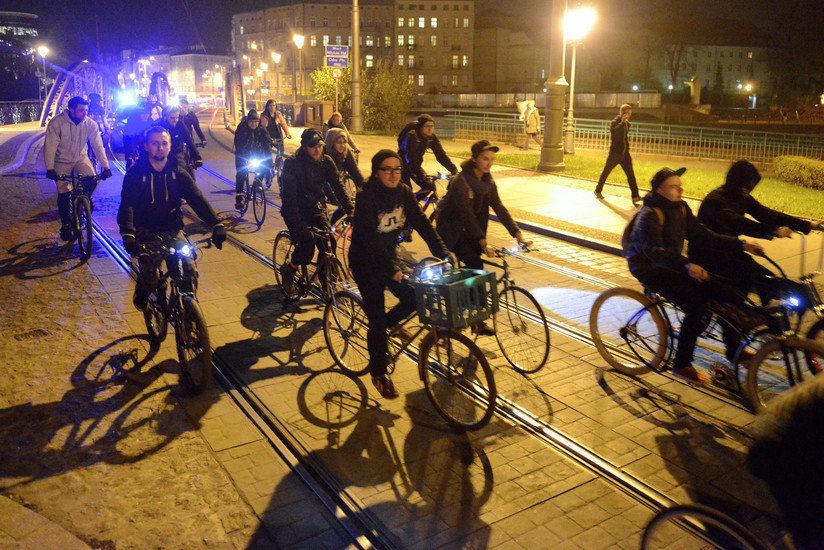 Dziś w nocy ulicami Wrocławia przejadą rowerzyści.