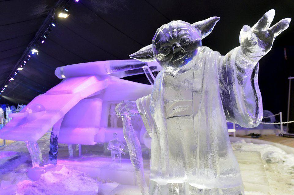 Dziś na Rynku powstanie lodowa wystawa. – Miejsca we Wrocławiu.