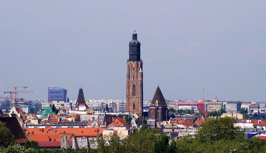 Kościół garnizonowy – kościół przegrany w kości. – Miejsca we Wrocławiu.