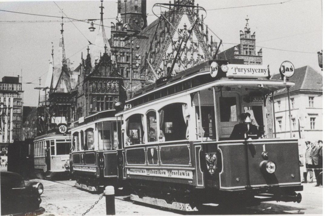 Tramwajem na Tarnogaj. Część I – Miejsca we Wrocławiu.