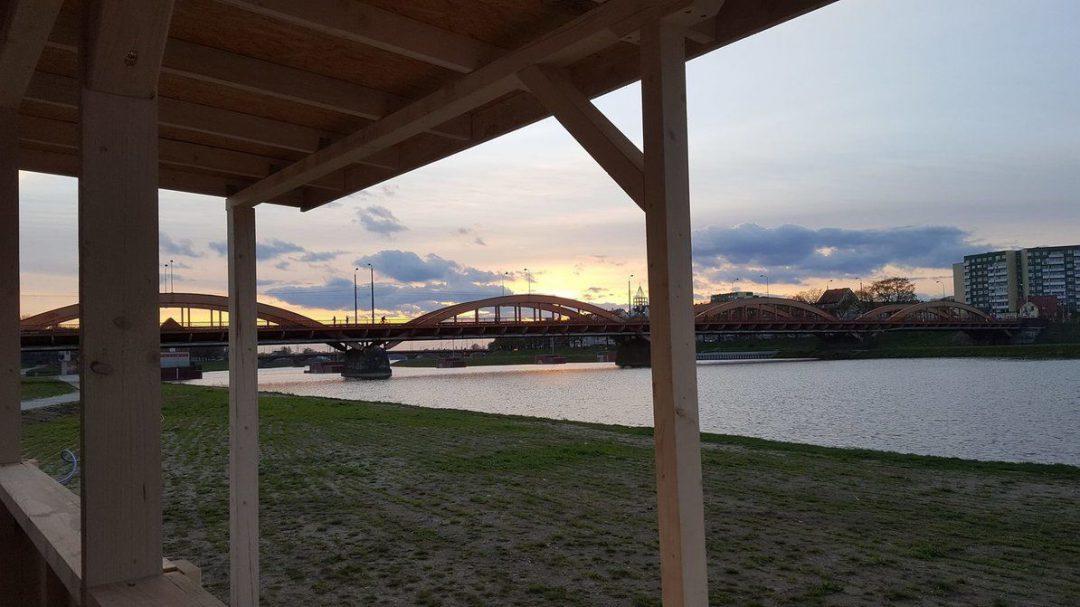 Przy moście Trzebnickim otworzą dwie miejskie plaże! – Miejsca we Wrocławiu.