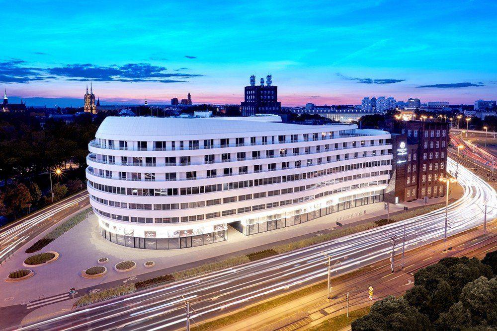 Wrocławski hotel jedyny w Polsce z prestiżową nominacją. [ZAGŁOSUJ] – Miejsca we Wrocławiu.