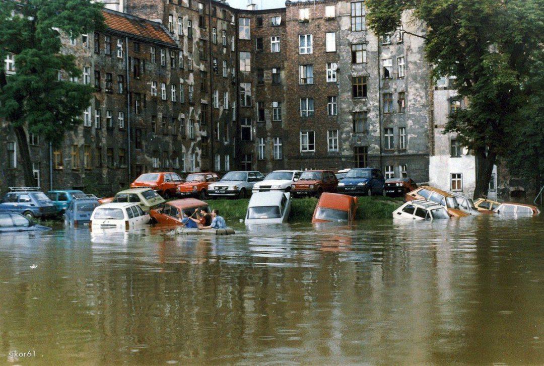 Mija 21 lat od kiedy nasze miasto znalazło się pod wodą… [WIDEO] – MiejscaWeWroclawiu.pl
