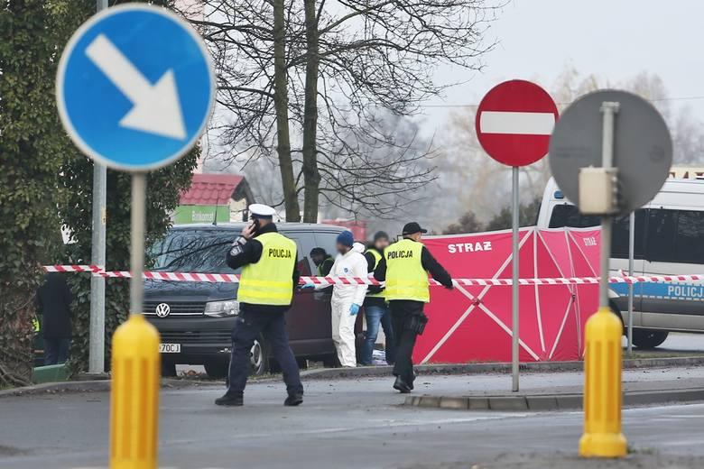 W podwrocławskiej miejscowości doszło do strzelaniny – nie żyje gangster i policjant. – MiejscaWeWroclawiu.pl