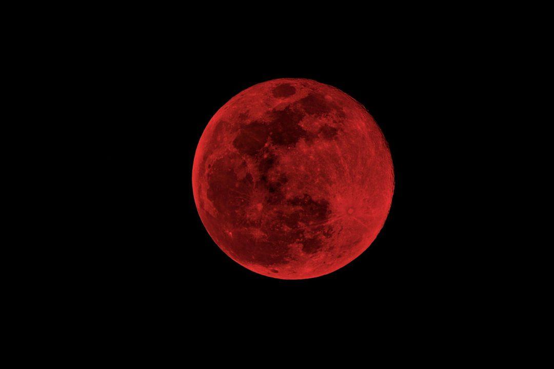 """Dziś na niebie zobaczymy """"Superksiężyc"""". – MiejscaWeWroclawiu.pl"""