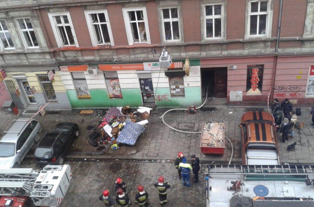 Pożar mieszkania przy ul. Więckowskiego. – MiejscaWeWroclawiu.pl