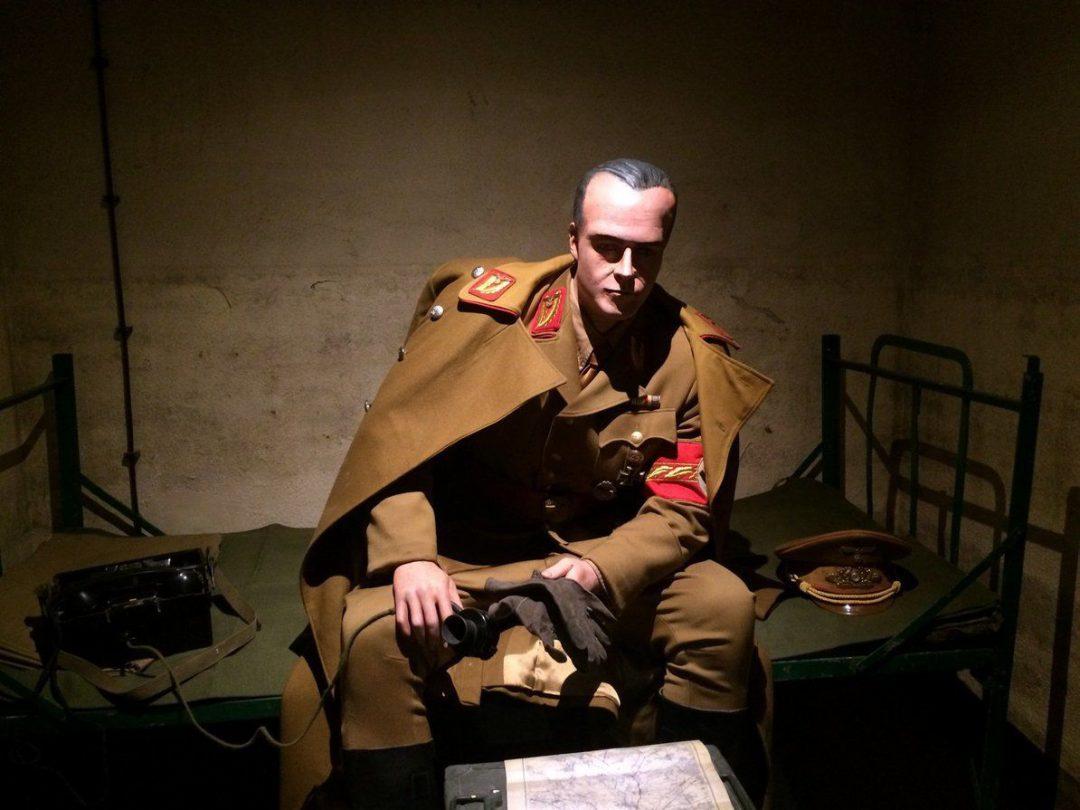 W schronie pod placem Solnym powstało muzeum iluzji i strojów filmowych z Hollywood [ZDJĘCIA]. – MiejscaWeWroclawiu.pl