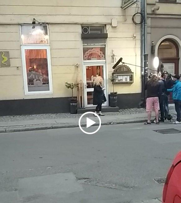 """Restauracja przy ul. Odrzańskiej przechodzi """"Kuchenne rewolucje""""[WIDEO]."""