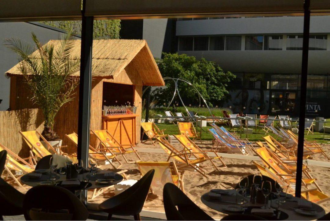 Nowa plaża w centrum miasta. Ovo Beach Club – otwarte! – MiejscaWeWroclawiu.pl
