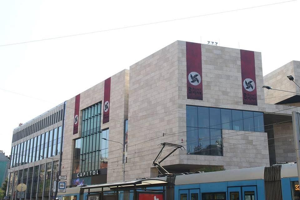Kontrowersyjna promocja musicalu w Teatrze Capitol. – MiejscaWeWroclawiu.pl