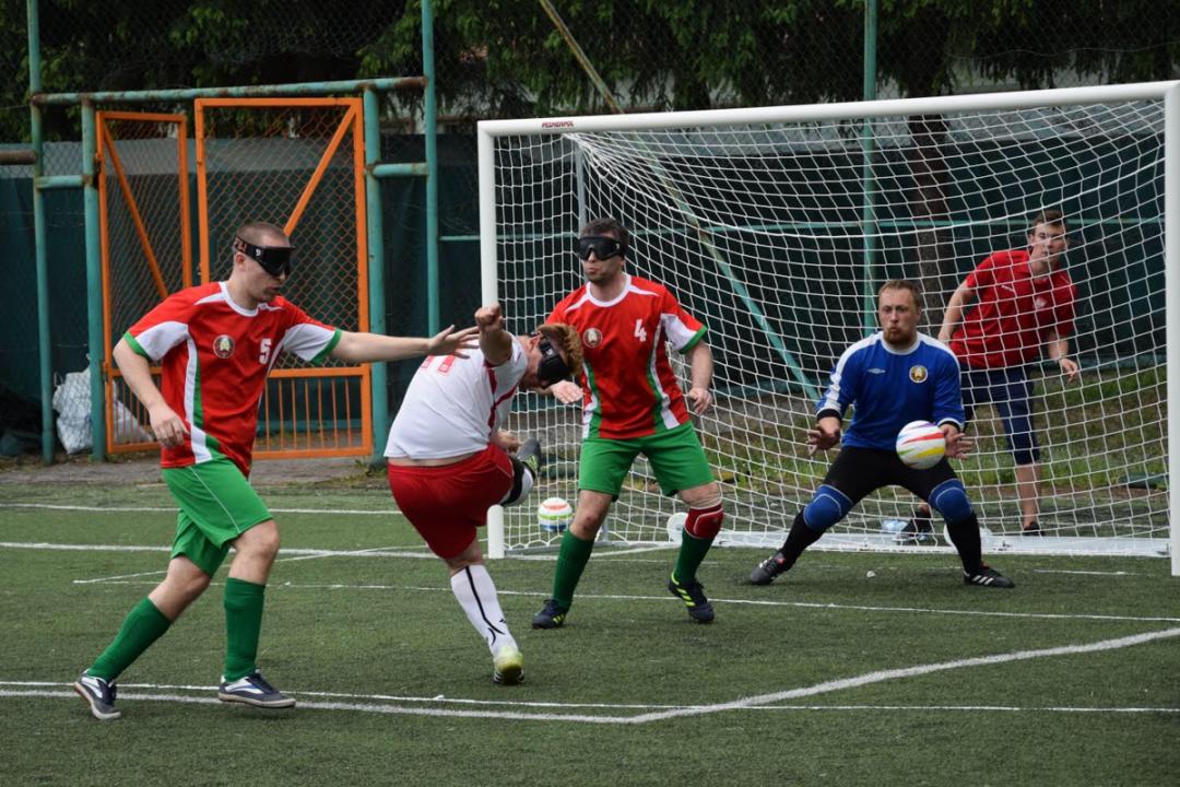 Niewidomi zagrają z bezdomnymi. Takiego meczu jeszcze nie było! – MiejscaWeWroclawiu.pl