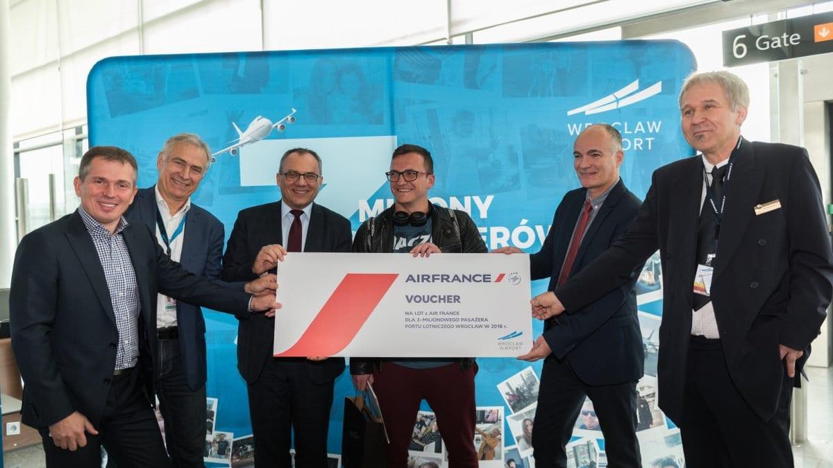 Podsumowanie roku na Wrocławskim lotnisku.