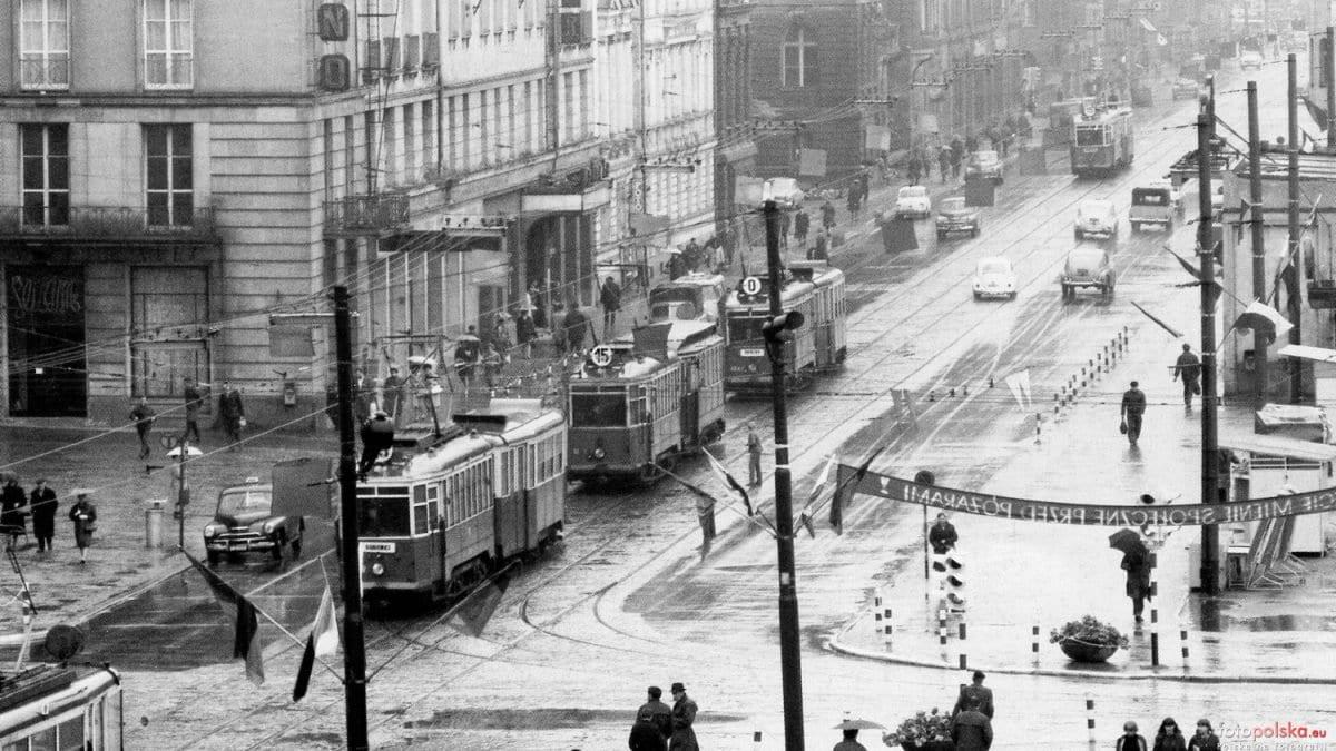 Historia niebieskich tramwajów.