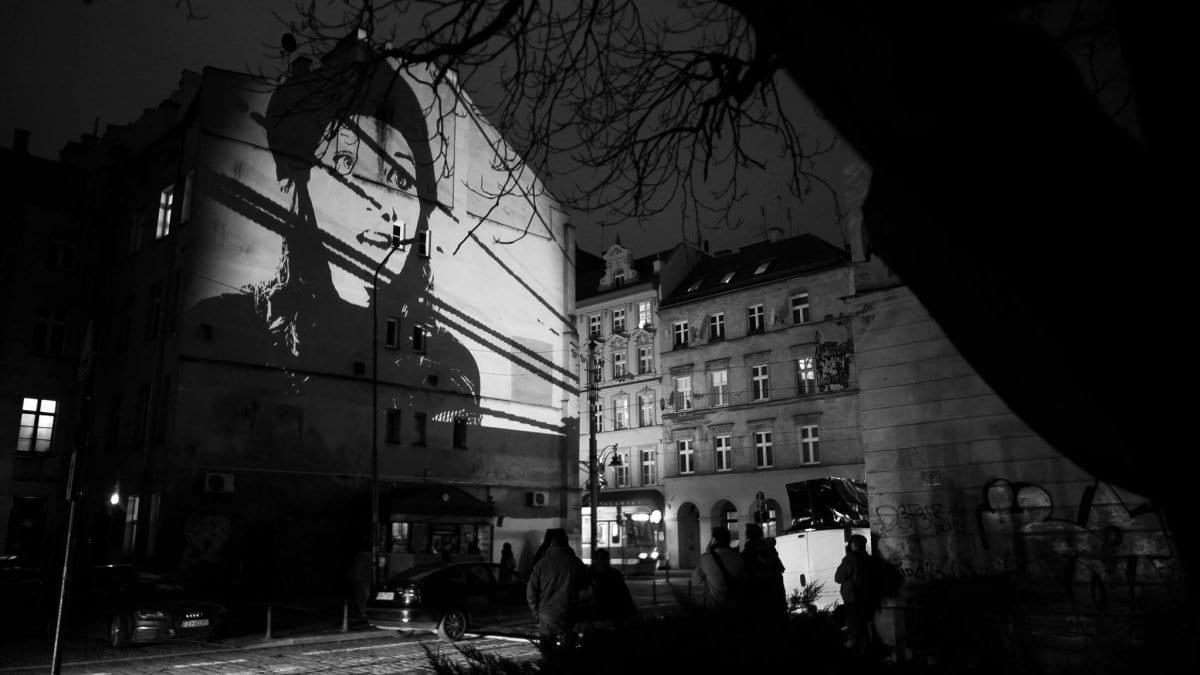 Artyści z całego świata stworzą we Wrocławiu ruchome murale – znamy program Kinomuralu 2019.