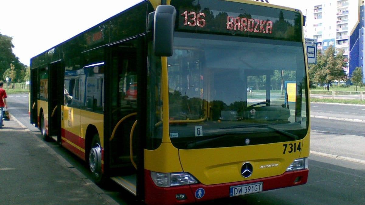 """Od stycznia pojedzie """"Autobus dla bezdomnych""""."""