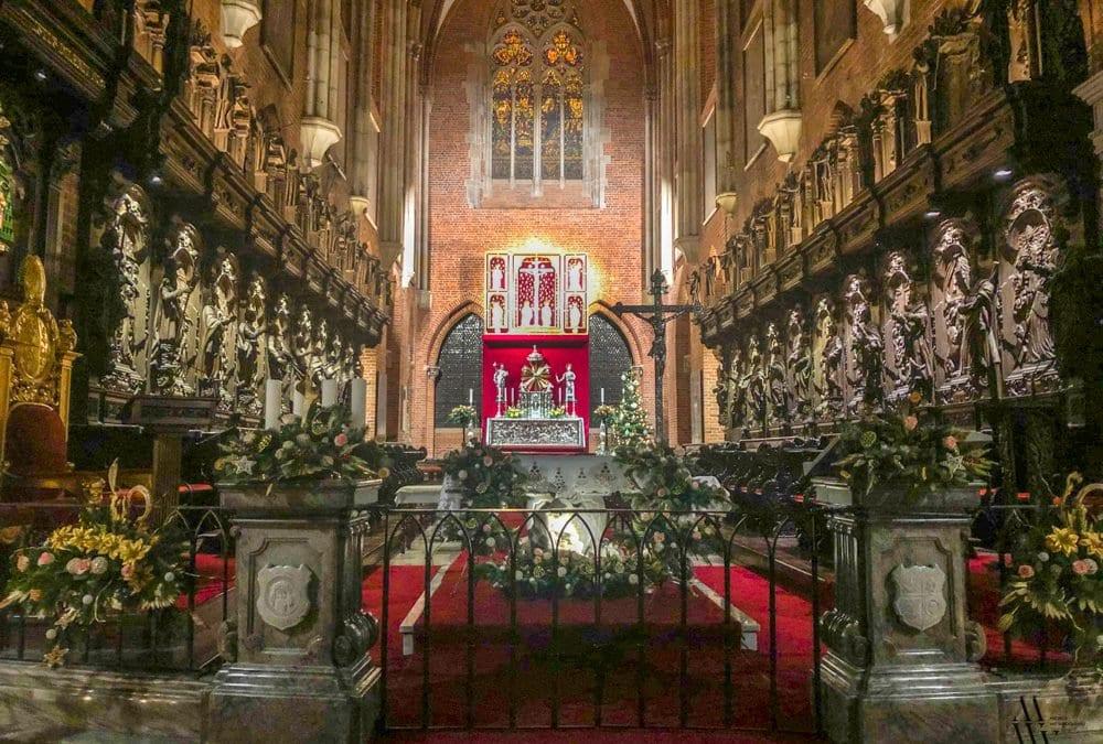 Srebrny ołtarz biskupa Jerina wrócił do Katedry po 74 latach.