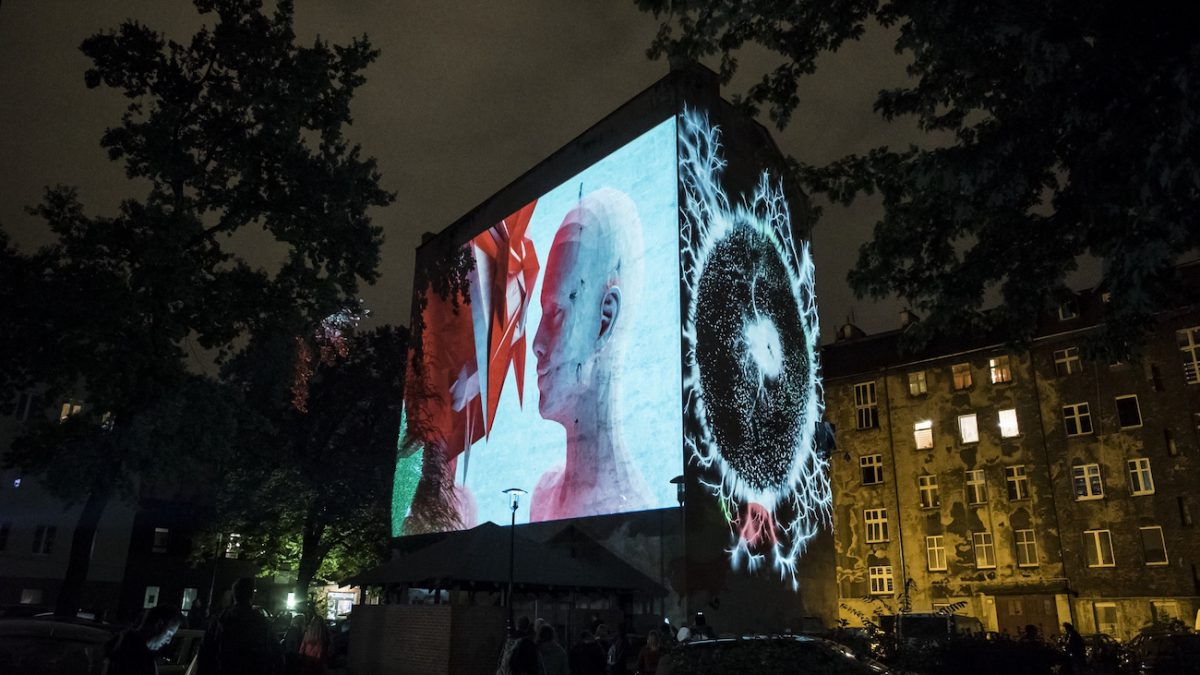 Ruchome murale na wrocławskich kamienicach – we wrześniu rusza 2. edycja Kinomuralu.