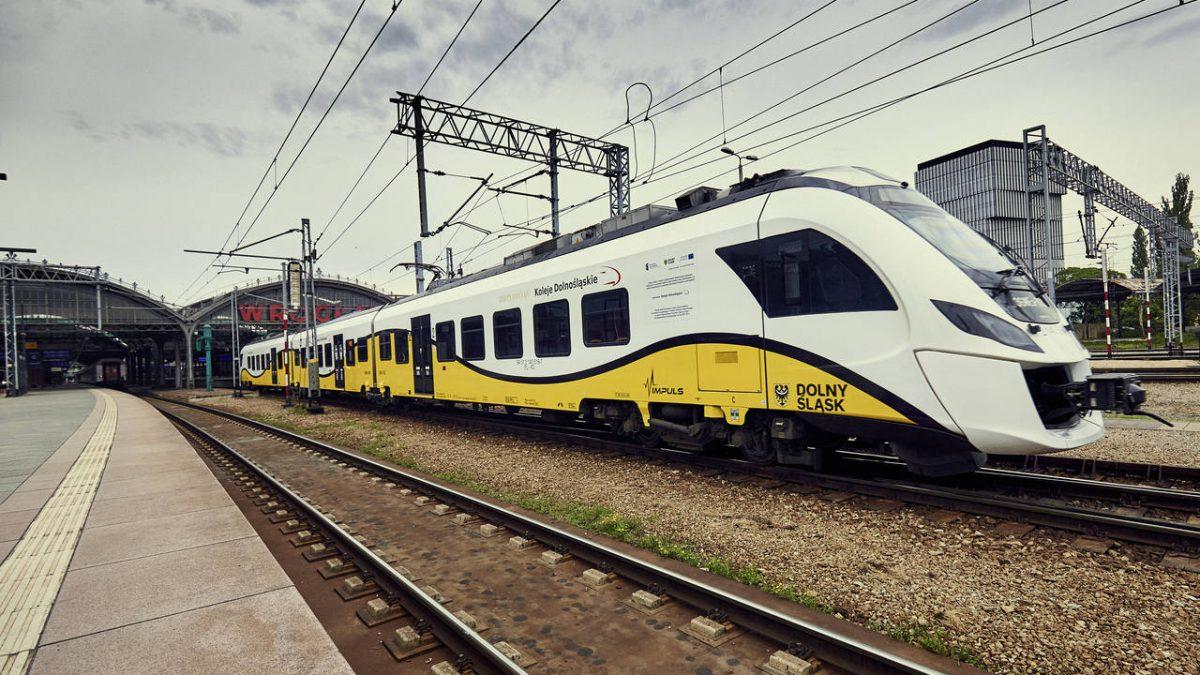 Koleje Dolnośląskie kupią dwa pociągi hybrydowe.