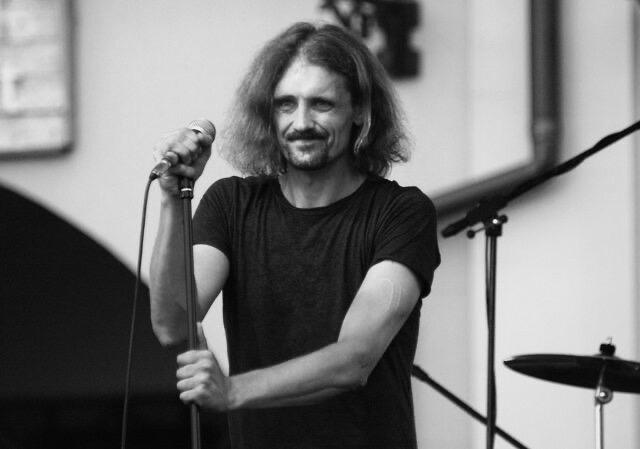 Gienek Loska nie żyje, miał 45 lat.