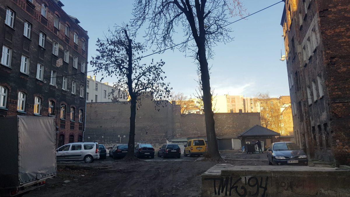 Wrocławskie podwórko zagra w niemieckim serialu.
