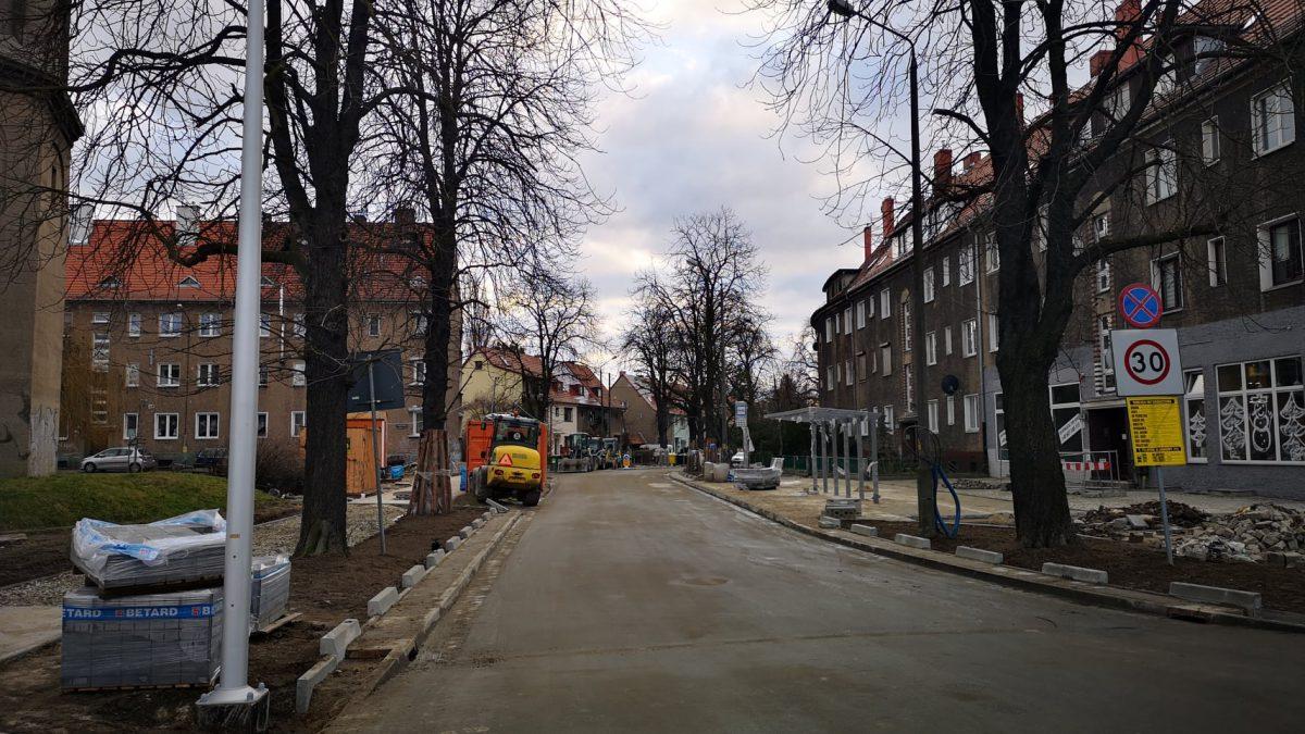 Ruch samochodowy wraca na ul. Berenta.