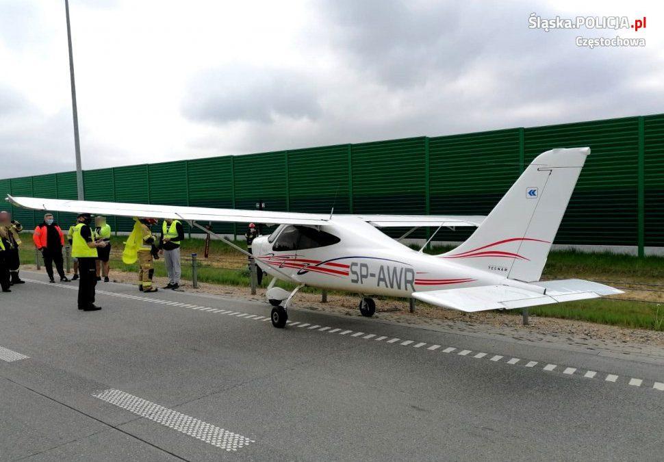 Awionetka awaryjnie lądowała na autostradzie A1.