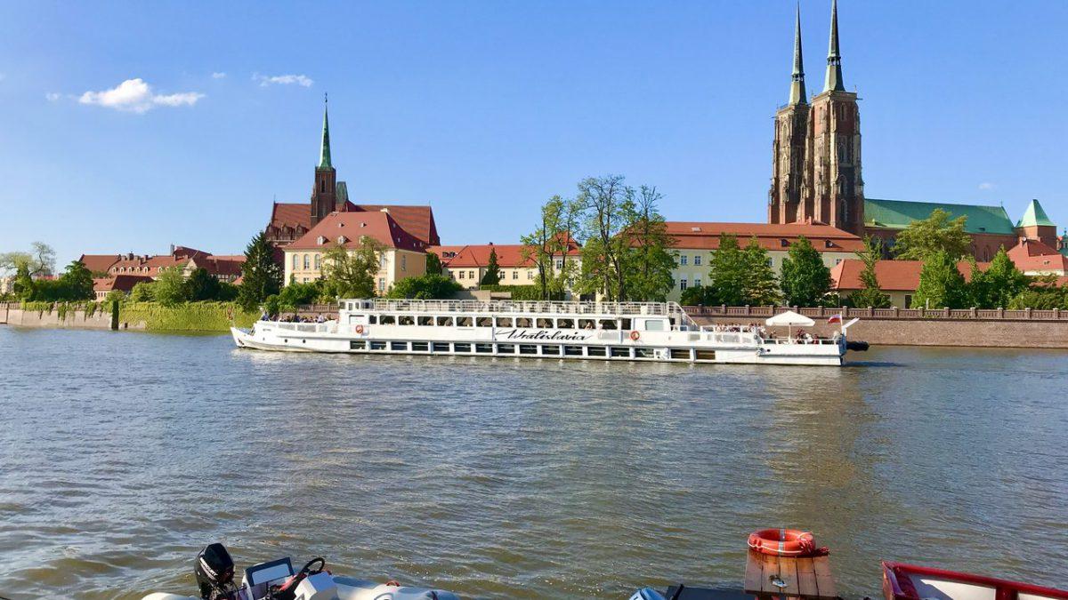 """Projekt """"Tramwaj Wodny w Aglomeracji Wrocławskiej"""" coraz bliżej realizacji."""