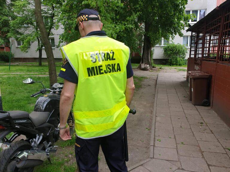 Strażnik miejski uratował życie dwumiesięcznemu dziecku.